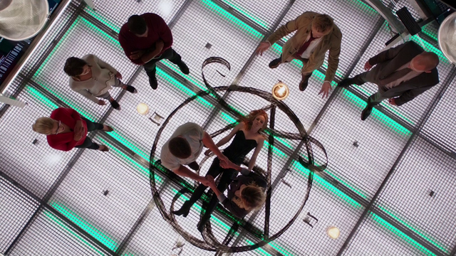 File:Team Arrow and John Constantine prepare to restore Sara Lance's soul.png