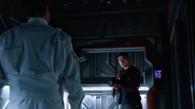 File:Ray Palmer confronts Eobard Thawne.png