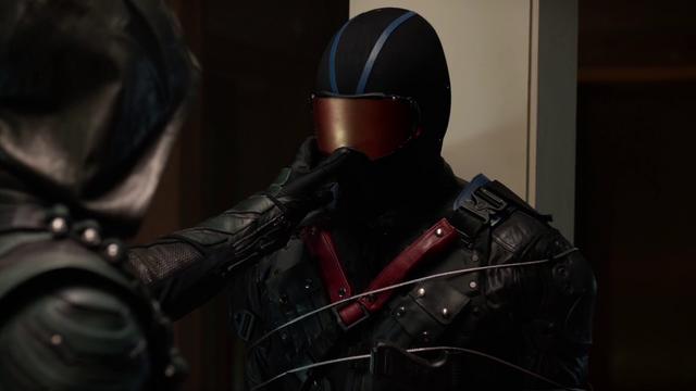 File:Green Arrow tries to unmask Vigilante.png