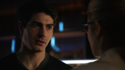 Ray Palmer breaks with Felicity Smoak