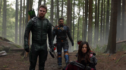 Oliver, Slade and Nyssa tracking Talia