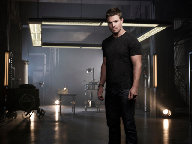 File:Oliver Queen season 2 character promo 1.png