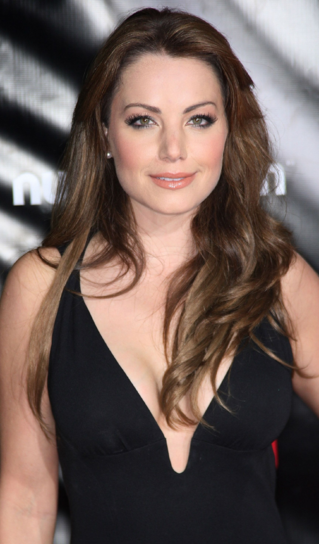 File:Erica Durance.png