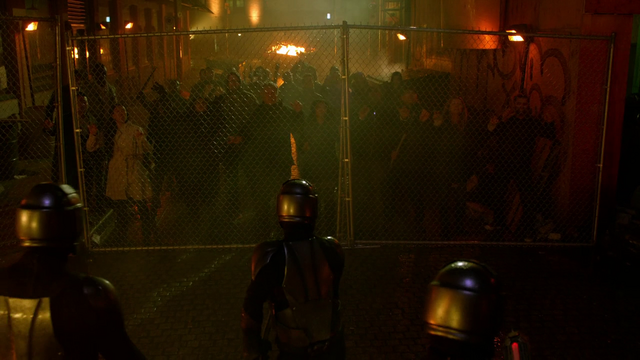 File:People trapped by the Daxamite army.png