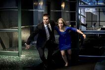 Arrow-saison-2-apres-les-justiciers-les-heros-spoilers-haut-droite