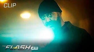 The Flash Season 6 Episode 5 Kiss Kiss Breach Breach Scene The CW