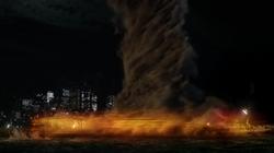 F1x01 - Barry corre contra el tornado