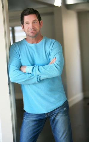 File:Mike Owen.png