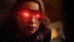 Nora ameaçando Cisco