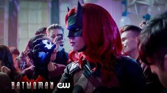 Batwoman The Gadgets Of Gotham The CW