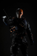 Deathstroke promo full-body