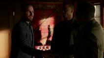 Oliver conhece o General Stewart