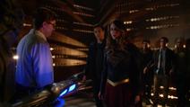 Supergirl se posiciona