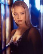 Dinah Redmond promotional image 3
