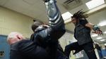 Khalil Payne uderza z całej siły w Black Lightninga