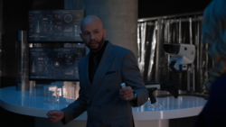 Lex instructs Eve about his plan to gain Leviathan's trust