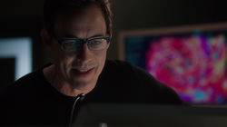 Eobard encourages Barry