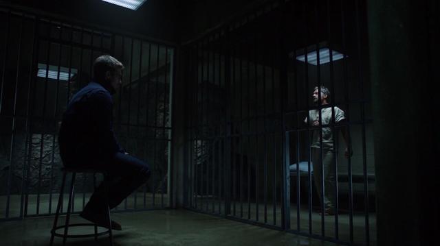 File:Oliver imprisons Slade in Lian Yu.png