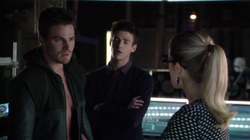 Oliver upset that Felicity has revealed his secret to Barry