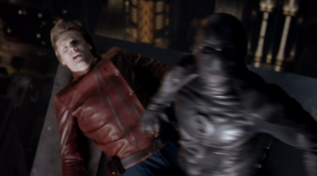 File:Zoom tries to kill Jay Garrick.png