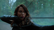 Talia al Ghul use bow