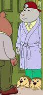 S16E06b Rattles' robe