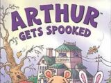 Arthur Gets Spooked (VHS)