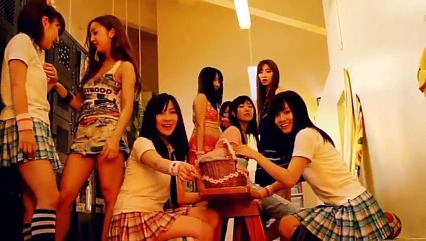 【MV】 ポニーテールとシュシュ - AKB48 公式
