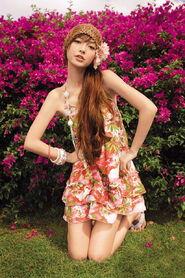 Sexy Hong Kong model Angelababy iPhone wallpapers 640x960 (06)