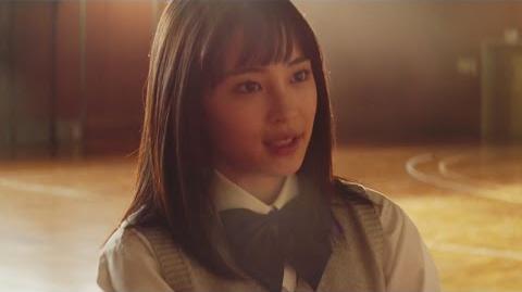広瀬すず、新CMで先輩に告白?華麗なバスケのシュートシーンも 「レオパレス21」新CM Suzu Hirose CM