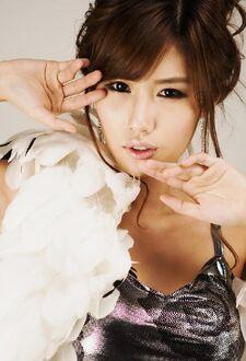 Ji-Na Song