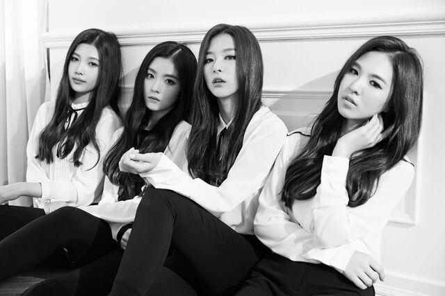 File:Red-Velvet-Be-Narural-teaser-group-5.jpg