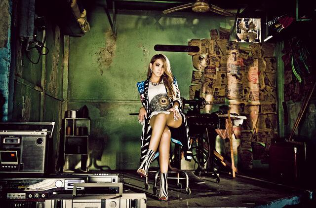 File:CL-the-baddest-female-promo12.jpg