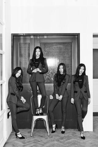 File:Red-Velvet-Be-Narural-teaser-group-2.jpg