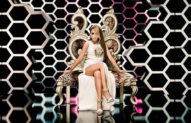 File:CL-the-baddest-female-promo8.jpg