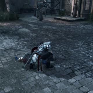 Ezio fouillant le cadavre en quête d'indices
