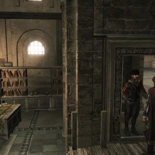 莱昂纳多被一名卫兵询问