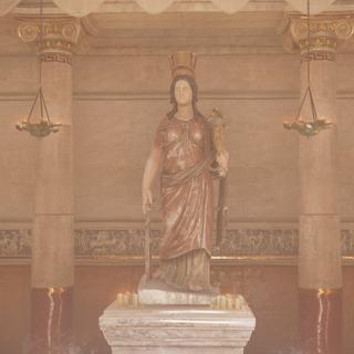 亚历山大城的一座神庙中的伊西斯雕像