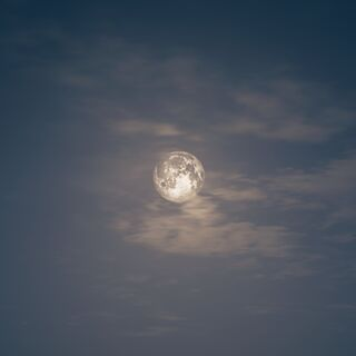 公元前5世纪希腊的一轮满月