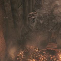 Ezio traversant la salle enflammée