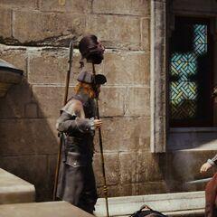 鲁耶命令自己的一名手下去找监狱长