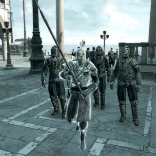 一名手持长矛的侦察兵带领着一队巡逻队