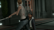 Lucy attacca una guardia