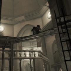 Ezio faisant tomber un échelle