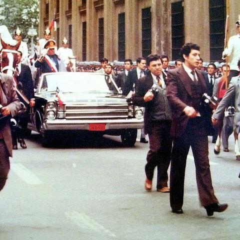 皮诺切特在1982年的一次检阅仪式中