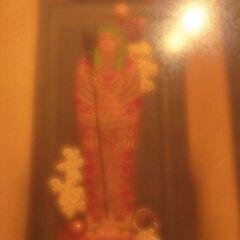 俯瞰亚历山大的金棺和他的权杖
