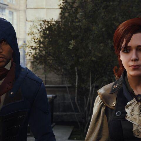 Arno et Élise se rendant place de la Révolution