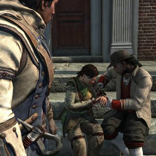 Connor regardant Achilles soigner <b>Myriam</b> devant le Manoir Davenport