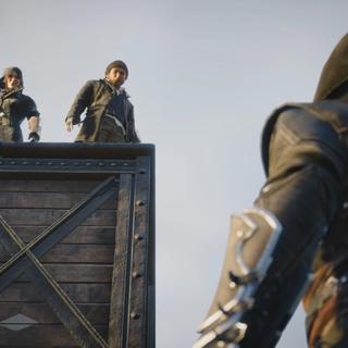 弗莱姐弟从车顶俯视乔治