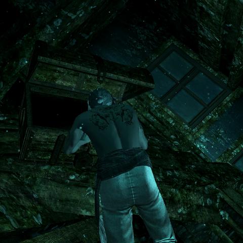 爱德华打开一个水下的宝箱